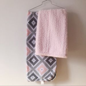 Bundle of 2 baby blankets-grey pink and white